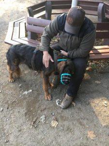 "Jens Flemming mit ""Problemhund"" Teddy"
